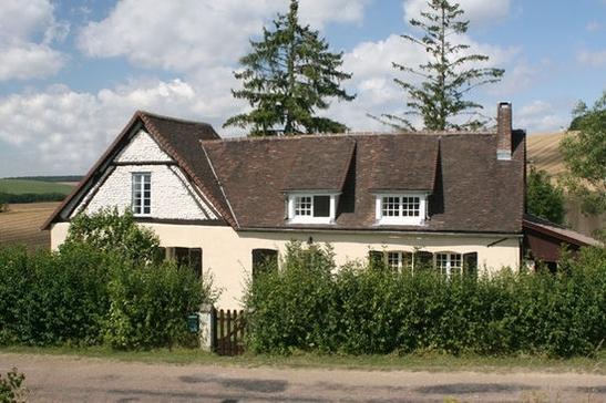 La résidence à l'Othe.